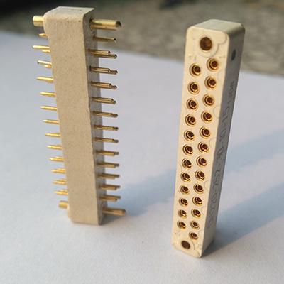 PCB连接器