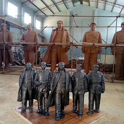 红色革命主题雕塑