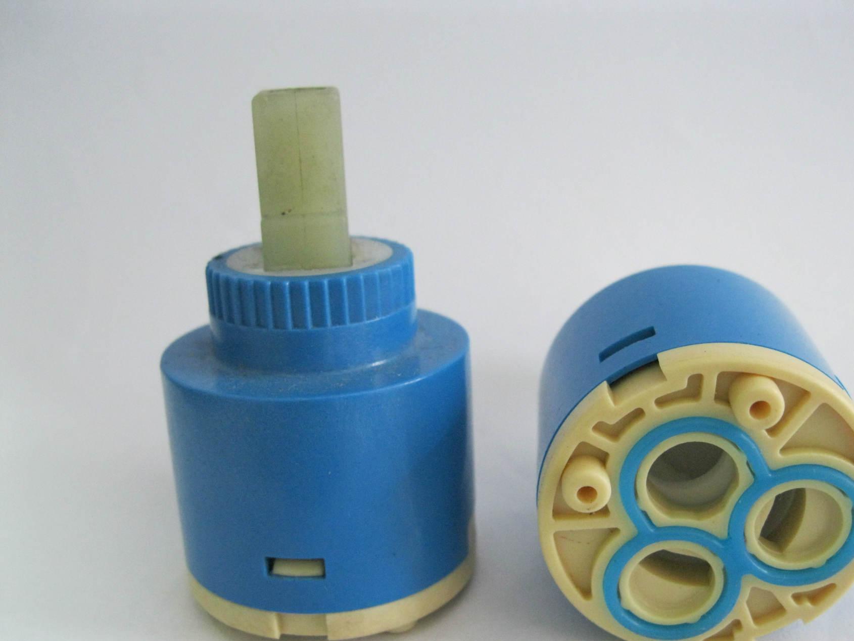 水龙头阀芯厂家专业生产直销分水器阀芯35左右旋转90°阀芯J3509