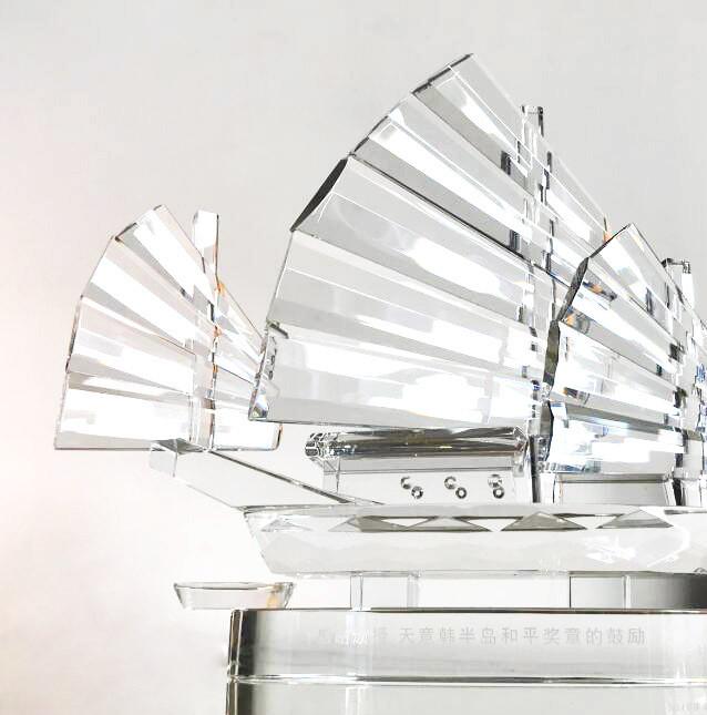 水晶帆船 送朋友送同事 纪念品工厂直销定制奖杯奖牌