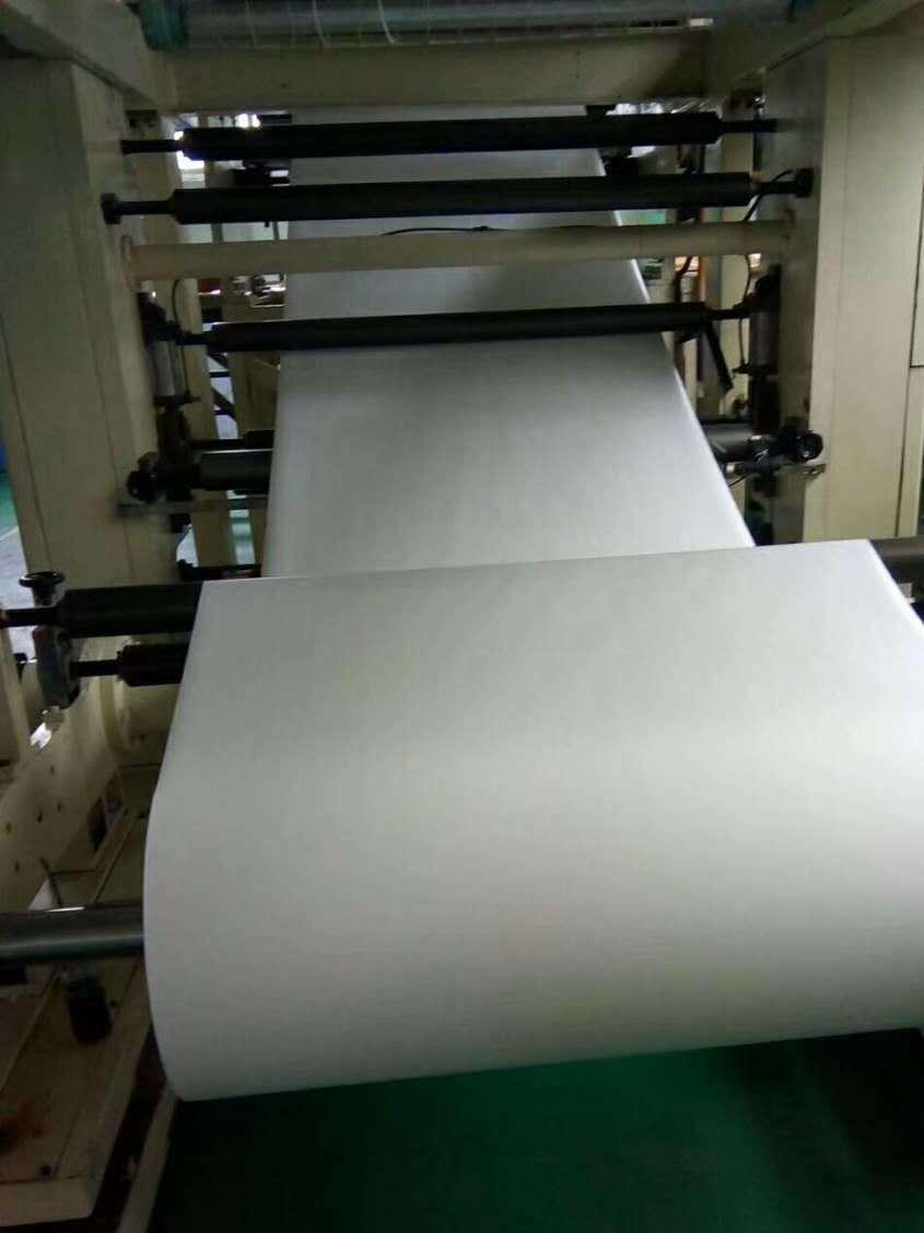 青岛PE复合油胶双面胶 水胶双面胶模切加工 PE夹膜分切加工 白色PE加膜生产厂家 制冷行业